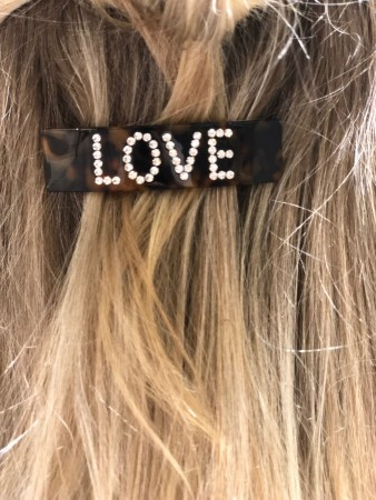 LOVE HAIR BARETTE